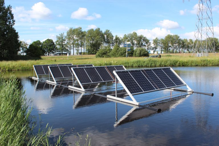 Drijvende zonnepanelen